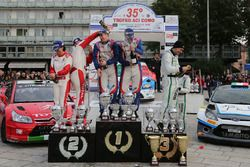 Podio: al secondo posto Luca Pedersoli, Anna Tomasi, i vincitori Marco Signor, Patrick Bernardi, Sam