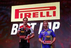 I vincitori del Best Lap Award 2016: Chaz Davies (WorldSBK) e Kyle Smith (WorldSSP)