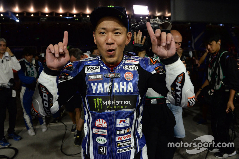 Il vincitore #21 Yamaha Factory Racing Team: Katsuyuki Nakasuga