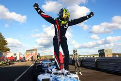 Race winner Enaam Ahmed, Douglas Motorsport