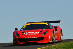 #88 Maranello Motorsport, Ferrari 488 GT3: Peter Edwards, John Bowe