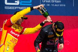 Podium: winner Pierre Gasly, Prema Racing, second place Antonio Giovinazzi, Prema Racing celebrate with champagne