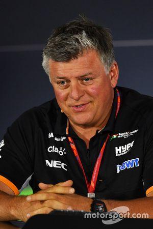 Otmar Szafnauer, directeur d'exploitation Force India en conférence de presse