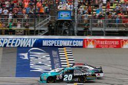 Denny Hamlin, Joe Gibbs Racing Toyota, William Byron, JR Motorsports Chevrolet, crosses the checkered flag