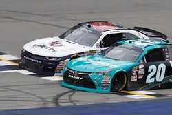Fotofinish: Sieg für Denny Hamlin, Joe Gibbs Racing Toyota, vor William Byron, JR Motorsports Chevrolet