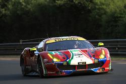 #71 AF Corse Ferrari 488 GTE: Davide Rigon, Sam Bird, Miguel Molina
