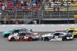 Brad Keselowski, Team Penske Ford and Denny Hamlin, Joe Gibbs Racing Toyota