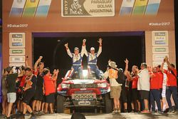 №310 Van Loon Racing Toyota: Эрик ван Лон и Вутер Росегар