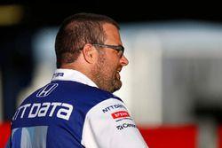 Tony Kanaan, Chip Ganassi Racing Honda crew