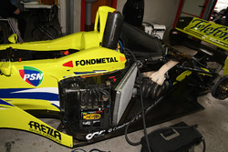 La Minardi M02 senza il cofano motore