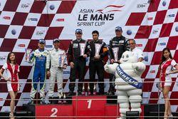 Podium GT Cup: winners #77 Team NZ Porsche 997 GT3 Cup: Graeme Dowsett, John Curran, second place #15 PAS Macau Racing Porsche 997 GT3 Cup: Wong Kian Kuan, Eurico De Jesus