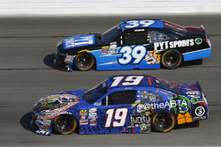 Matt Tifft, Joe Gibbs Racing Toyota, Ryan Sieg, RSS Racing Chevrolet