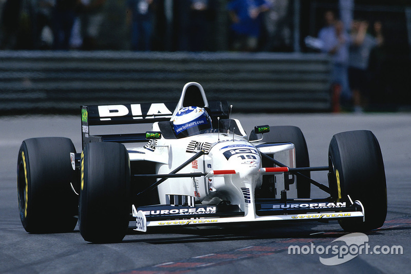 12. Mika Salo (110 Grandes Premios)