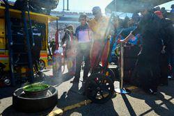 Joey Logano'nun lastikleri, Team Penske Ford