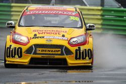 Luke Davenport, Motorbase Performance Ford Focus
