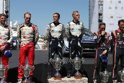 Podium: Ganador Ott Tänak, Martin Järveoja, M-Sport, Ford Fiesta WRC, segundo, Jari-Matti Latvala, M