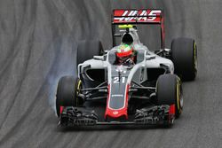 Esteban Gutiérrez, Haas F1 Team VF-16 locks