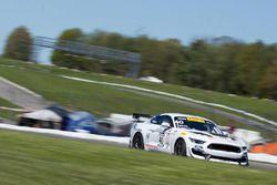 #40 PF Racing Ford Mustang GT4: Ernie Francis Jr.