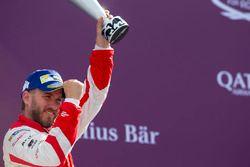 Podium: Nick Heidfeld, Mahindra Racing
