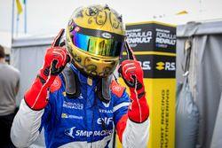 Yarış galibi Robert Shwartzman, Josef Kaufmann Racing