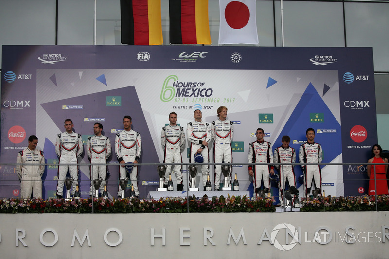 Podium P1: Winner #2 Porsche Team Porsche 919 Hybrid: Timo Bernhard, Earl Bamber, Brendon Hartley, second place #1 Porsche Team Porsche 919 Hybrid: Neel Jani, Andre Lotterer, Nick Tandy, third place #8 Toyota Gazoo Racing Toyota TS050 Hybrid: Anthony David