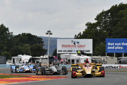 Ryan Hunter-Reay, Andretti Autosport Honda, J.R. Hildebrand, Ed Carpenter Racing Chevrolet