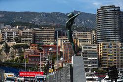 Statue in Monaco