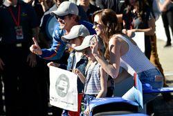 Polesitter Scott Dixon, Chip Ganassi Racing, Honda, mit Familie
