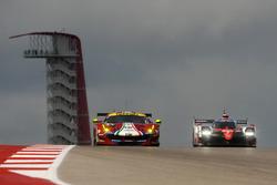 #71 AF Corse Ferrari 488 GTE: Davide Rigon, Sam Bird, #7 Toyota Gazoo Racing Toyota TS050 Hybrid: Mi