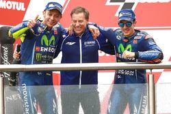 Podio: Valentino Rossi, Yamaha Factory Racing, Lin Jarvis, Yamaha Factory Racing Managing Director, Maverick Viñales, Yamaha Factory Racing
