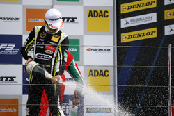 Podium: 1. Lando Norris, Carlin, Dallara F317 - Volkswagen