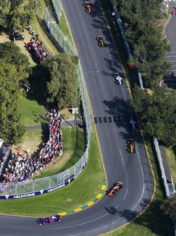 Даниил Квят, Scuderia Toro Rosso STR12, Фернандо Алонсо, McLaren MCL32, Нико Хюлькенберг, Renault Sport F1 RS17