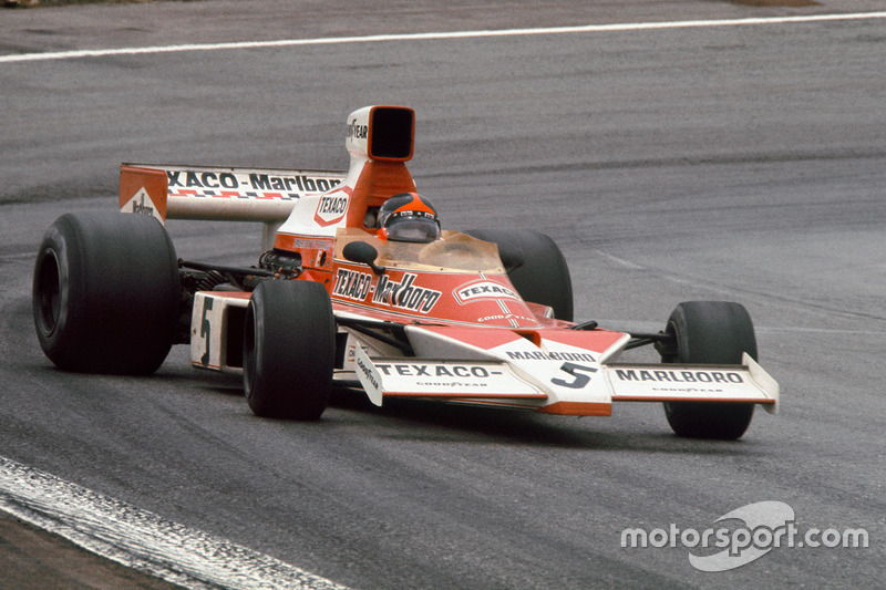 """""""Sólo se siente miedo cuando se pierde el control del coche"""". Emerson Fittipaldi"""