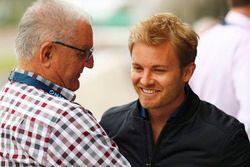 Nico Rosberg, Alan Webber, y su padre Mark