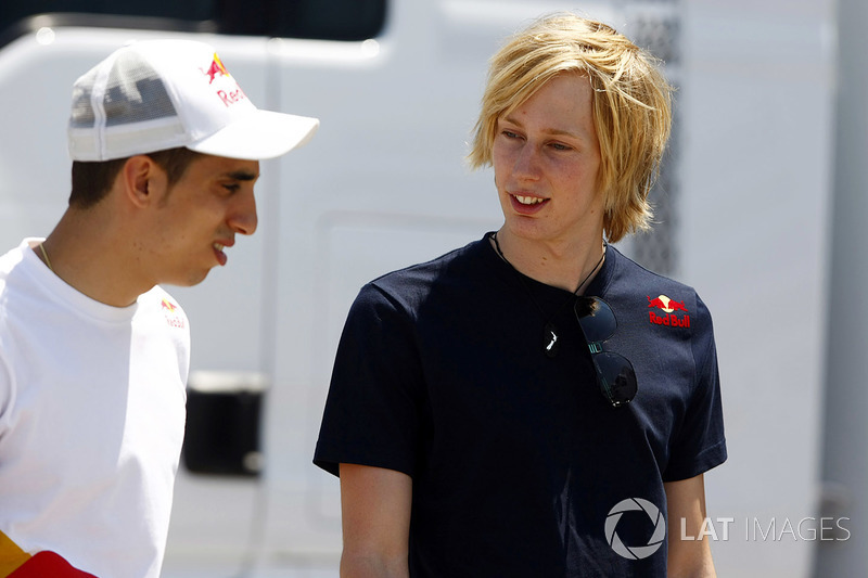 Buemi e Brendon Hartley, reserva da Red Bull em 2011