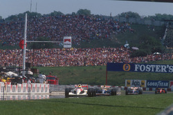 Ayrton Senna, McLaren MP4/6 Honda leads Nigel Mansell, Williams FW14 Renault, Riccardo Patrese, Will