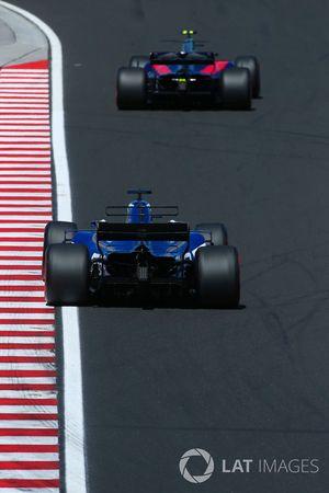 Carlos Sainz Jr., Scuderia Toro Rosso STR12, Marcus Ericsson, Sauber C36