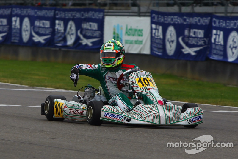 Pedro Hiltbrand, Tony Kart