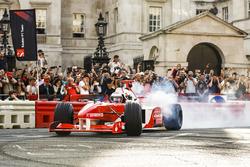 Дженсон Баттон, McLaren, и Наоми Кэмпбелл