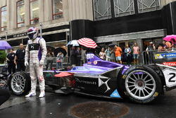 DS Virgin Racing in the streets of New York City