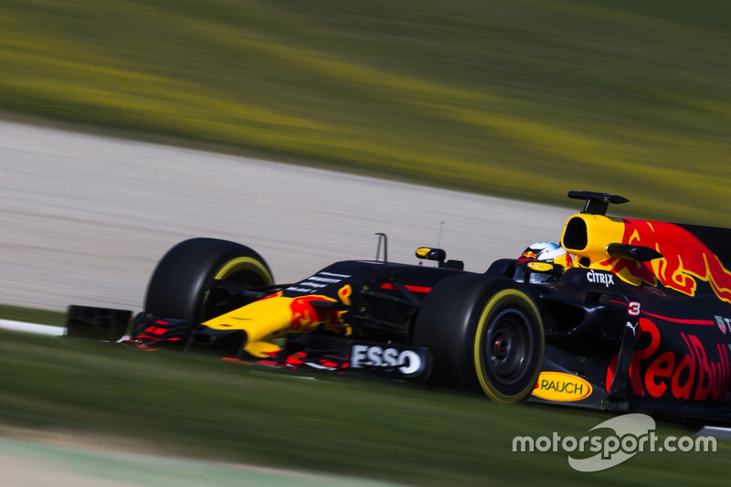 9º Daniel Ricciardo, Red Bull Racing RB13, 1m19.900s (ultrablandos)