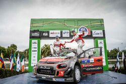 Les vainqueurs Kris Meeke, Paul Nagle, Citroën World Rally Team