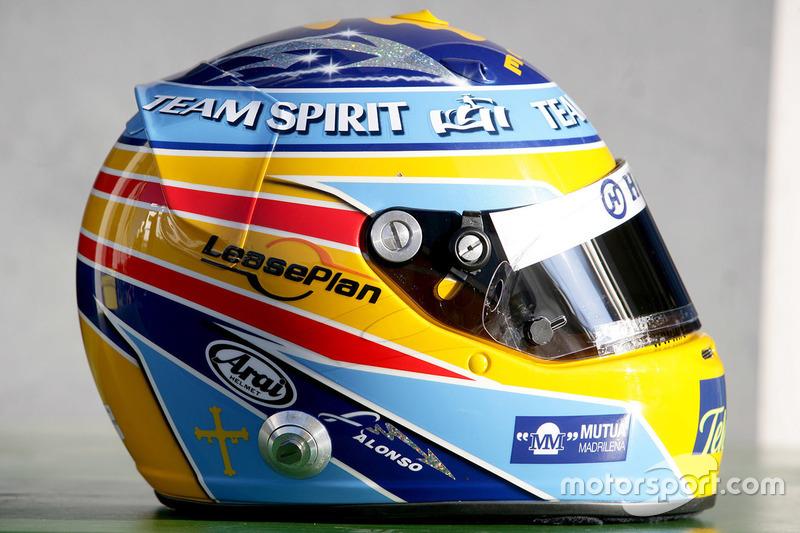 Casco de Fernando Alonso en 2006