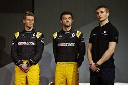(L to R): Nico Hulkenberg, Renault Sport F1 Team with Jolyon Palmer, Renault Sport F1 Team and Serge