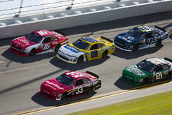 Brandon Jones, Richard Childress Racing Chevrolet, Ryan Reed, Roush Fenway Racing Ford y Kasey Kahne