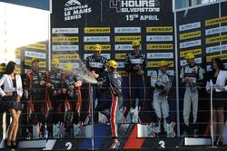 Podium: race winners William Owen, Hugo de Sadeleer, Filipe Albuquerque, United Autosports, second place Memo Rojas, Ryo Hirakawa, Leo Roussel, G-Drive Racing, third place Dennis Andersen, Anders Fjordbach, High Class Racing