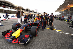 Наоми Кэмпбелл и Макс Ферстаппен, Red Bull Racing RB13