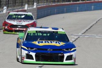 Chase Elliott, Hendrick Motorsports, Chevrolet Camaro NAPA AUTO PARTS, Ryan Blaney, Team Penske, Ford Mustang