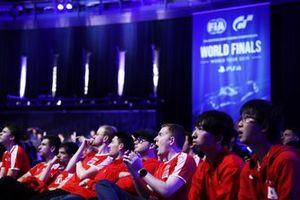 Участники Кубка наций мирового финала киберчемпионата GT