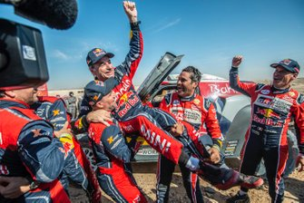 Winner #305 JCW X-Raid Team: Carlos Sainz